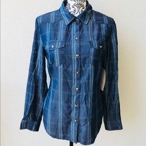 ❤️ Blue classic plaid shirt buttons NWT S